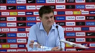 Six: 'Türkiye ile ilk milli maçımız, bizim için ayrı bir yeri var'