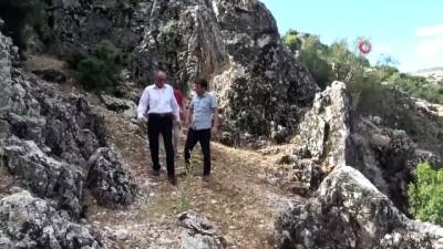 Türkiye'nin 3., Ege'nin ise en büyük obruğu ziyaretçilerini bekliyor