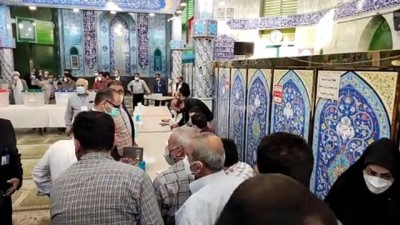 TAHRAN - İran'da halk cumhurbaşkanlığı seçimleri için sandık başında (2)