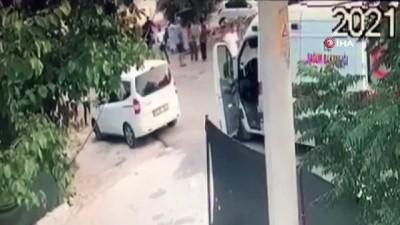 Antalya'da makaslı cinayet kamerada