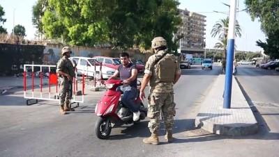 TRABLUSŞAM- Lübnan ordusu, kuzeyde yolları kapatan göstericilerin havaya ateş açması sonrası devriyeler başlattı