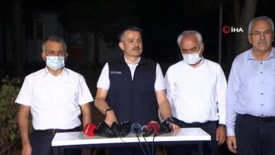 """Bakan Pakdemirli: """" Akşam saatlerinde 600 hektar kadar zarar tespit ettik ancak 3-4 misline çıkacağını görüyoruz"""""""