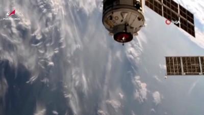 - Rusya'nın Nauka modülü uluslararası uzay istasyonuna kenetlendi