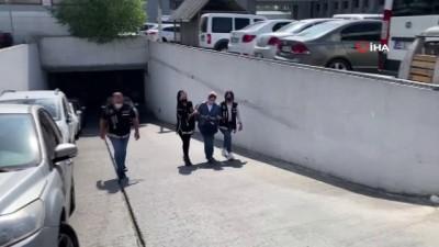 Eski Terörle Mücadele Şube Müdürü'nün eşi FETÖ operasyonunda gözaltına alındı