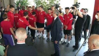 Adalet Bakanı Gül'den Gaziantep Futbol Kulübü'ne ziyaret