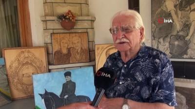 İnönü'nden esinlendi, evini Atatürk portreleri sergisine çevirdi