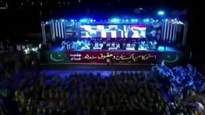- Pakistan'da hükümet karşıtı protesto